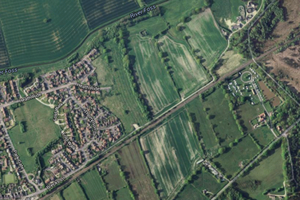SUCCESS AS PLANNING PERMISSION REFUSED FOR 102 HOUSES ON GREEN BELT